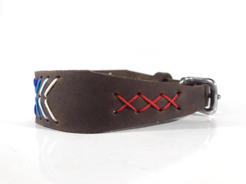 Modell Emelie Halsband für Windhunde aus Fettleder mit Ethno Muster